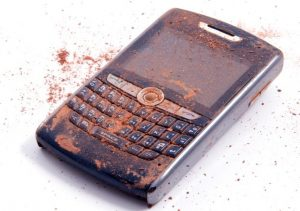 Photo of dirty cell phone